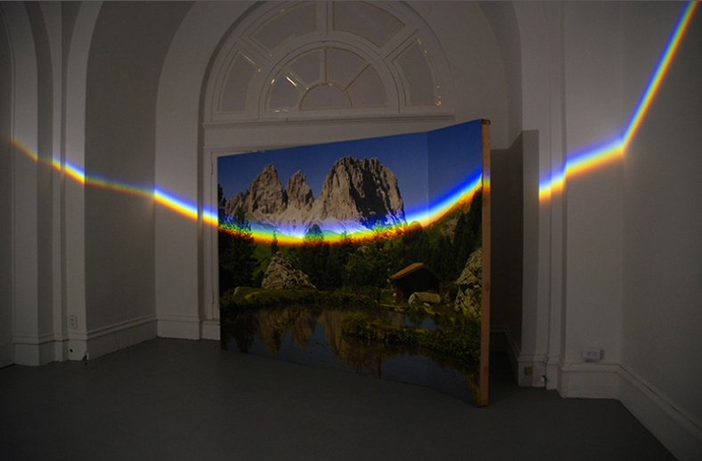 Unflattened, 2012 Photomural, prism, light 200x300 cm Kasteel D'Aspremont-Lynden, Rekem, BE Land of Tomorrow, Louisville, US